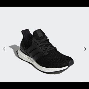NEW! adidas Ultradboost core black women Size 5.5